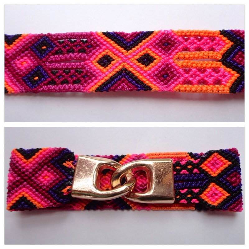 JEWELRY AND ACCESORIES / Large mexican friendship bracelet with golden hooks clasp - Style LH0010 / Unique hand woven bracelets that reflect the colorful mexican culture while keeping it chic. From the beach, to the bar, from the mountain, to the club, these bohemian art pieces are right for every occasion.