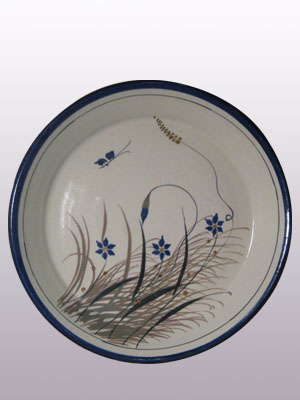 MEXICAN STONEWARE / 'Blue Rim Butterfly' 13.5'' Round Serving platter / With a handcrafted design, this serving platter is perfect for fruit display on a table or serving the main dish. It is adorned with a butterfly, flowers and grass bordered with a cobalt blue rim.
