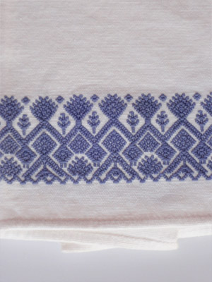 New Items / Blue handwoven hand towel / This hand towel features traditional mayan weaving designs. It was hand woven and brocaded with a backstrap loom by a weaver from the Chiapas Highlands.