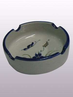 MEXICAN STONEWARE / 'Blue Rim Butterfly' Small circular ashtray / This handcrafted circular ashtray will make a great accesory for your 'Blue Rim Butterfly' collection.