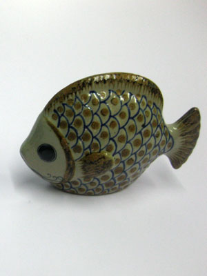 MEXICAN RAKU CERAMICS / Ceramic handpainted Fish figurine / This handpainted fish will make a greate decorative item for your home.