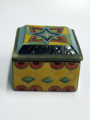 MEXICAN RAKU CERAMICS / Large square jewelry box / A beautiful large square jewel box with a multicolor decor. A large handpainted star on its lid, makes it a perfect decorative item as well as a useful jewelry-keeping box.