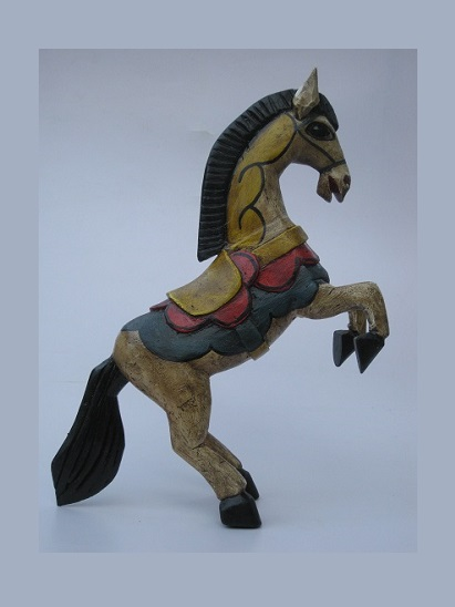 New Items / Carved horse 19 inch tall handpainted / This beautiful horse was hand carved and hand painted by a skillful artisan in the state of Guanajuato in Mexico, and will be a great decoration for your house or your office.