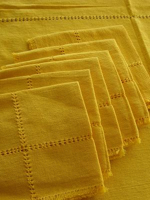 New Items / Cotton Tablecloth with napkins Solid Yellow 78'' Round (6 people) / This hand woven cotton tablecloth is beautifully finished in a vivid yellow color that will bring life to your table.
