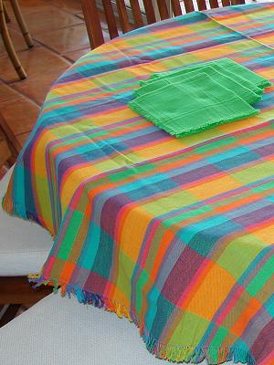 MEXICAN TEXTILES / Cotton Tablecloth with napkins Plaid Multicolor 63'' Round (4 people) / The vivid and joyful colors of this cotton tablecloth will be the perfect match for your indoor or outdoor parties.